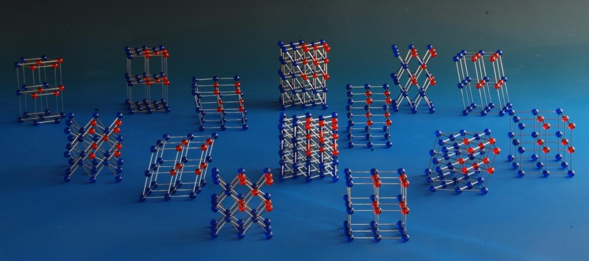 Models of the 14 bravais lattices